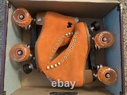 BRAND NEW Moxi Roller Skate Lolly Clementine Size 6 (Womens 7-7.5)