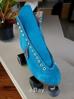 BRAND NEW Moxie Lolly Pool Blue (Size 8 Men/9 Women)