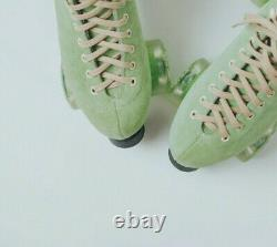 Beautiful Honeydew Moxi Lolly Roller Skates size 8(9-9.5) Sold out everywhere