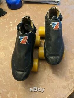 Black riedell 395 skate 6 1/2 with shaman wheels