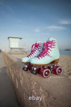 Moxi Beach Bunny Roller Skates Blue Sky Size 6 (w7-7.5) Riedell READY NOW