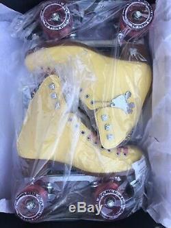 Moxi Beach Bunny Roller Skates Lemonade Yellow Size 5 (5.5-6) + Toe Guards