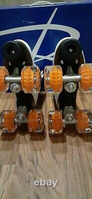 Moxi JOYRIDE Roller Skates Size 7 Your Choice of any Moxi Gummy Outdoor Wheels