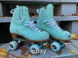 Moxi Jack Boot Floss Size 5 Roller Skates
