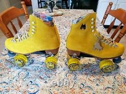 Moxi Lolly Pineapple Roller Skates Size 8 (w9-9.5) Riedell. READY TO SHIP NOW