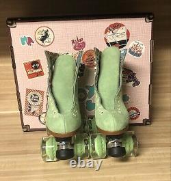 Moxi Lolly Roller Skates Honeydew Size 5! (fits womens 6 & 6.5)