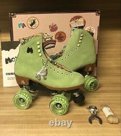Moxi Lolly Roller Skates Honeydew Size 7! Fits womens 8 8.5