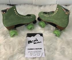 Moxi Lolly Roller Skates Honeydew Size 8 (fits 9 & 9.5)