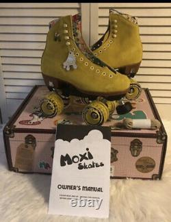 Moxi Lolly Roller Skates Pineapple Size 7 (fits Womens 8 & 8.5) Brand New
