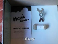Moxi Outdoor Lolly Skates Taffy Color Size 6 (7-7.5)