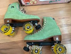 Moxi Roller Skate Lolly Honeydew Size 6 (Womens 7-7.5)