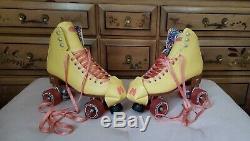 Moxi Roller Skates Beach Bunny Size 9 Strawberry Lemonade PERFECT CONDITION