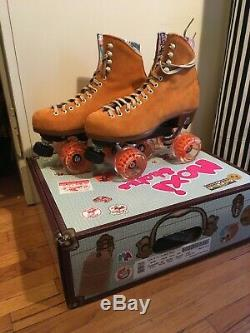 NEW MOXI LOLLY ROLLER SKATES WOMENS (7) NEW with BOX Clementine
