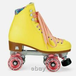 New Moxi Beach Bunny Strawberry Lemonade roller skates size 8(not lolly, jack)