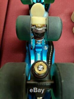 Riedell 122 Custom Peacock Blue Size 5 Roller Derby Skates Pilot Falcon+ Plate