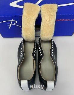Riedell 195 195ER Skates 7-1/2 MED Color Black withBox GRAND PRIX