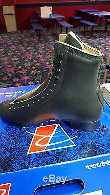 Riedell 297 Roller Skate Boot Black Medium Size 10.5 Dance Figures