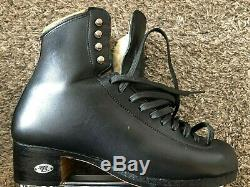 Riedell 336 Tribute skating boots Size 6 1/2 (men's) Gently used