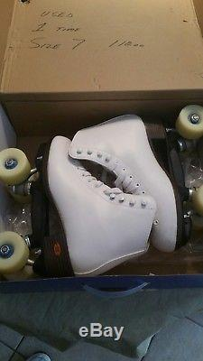 Riedell Artistic Angel Roller Skates used once size 7