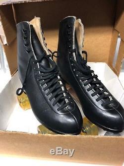 Riedell Red Wing Black Vintage Custom Rollerskates