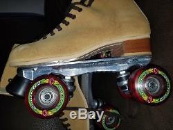 Riedell Roller Skates 8M