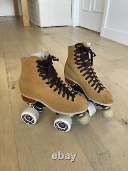 Riedell Roller Skates (Riedell Makes Moxi) Mens 5, Womens 6.5 Radar Wheels
