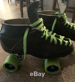 Riedell Skates mens size 9 to 9.5 vintage 122 boot, probe plate, Shaman wheels