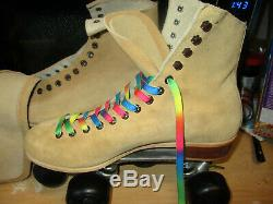 Riedell Suede Roller Skates/Women size 10. Heel to toe 10 1/2 inches