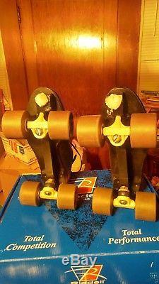 Roller skates Riedell 395 Mens size 10 Satellite plates. EUC