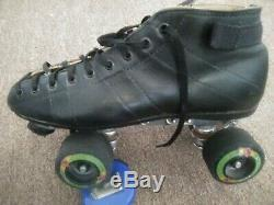 Roller skates size 8 1/2 + 2 sets of wheels outdoor and indoor