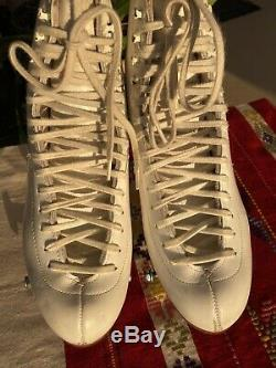 Vintage Riedell 925A Womens 7 Silver Star with Atlas Plate White Roller Skates