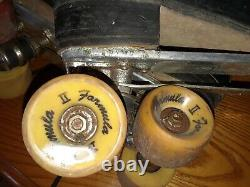 Vintage Riedell Red Wing 220 USA Roller Skates Mens 12 Black