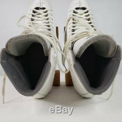Vintage Riedell Sure Grip Fame Womens Size 9 White Quad Roller Skates