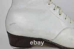 Vintage Riedell White Leather Women's 7 Roller Skates USA with Carring Case FO-MAC