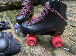 Women's Size 7 Custom Build Riedell Wave Quad Roller Skates PLUS GEAR